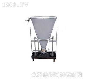 自动干湿饲料器